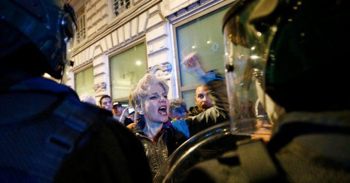 """A Roma la logica fascista degli infiltrati al corteo no green pass: """"Se non capisco, meno"""""""