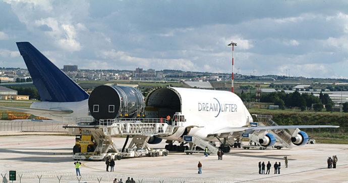 """Problemi ai 787 """"Dreamliner"""" della Boeing. Riguardano i componenti dell'ex subfornitore di Leonardo Manufacturing Processes Specification"""