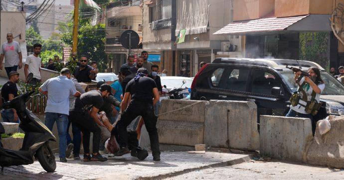 Libano, guerriglia a Beirut: spari, lancio di granate e Rpg davanti al Palazzo di Giustizia tra esercito e gruppi sciiti. Almeno 6 morti
