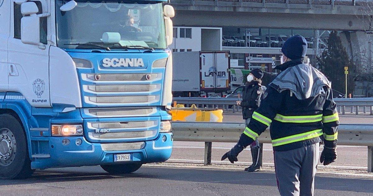 Da Trieste agli autisti dell'Est: trasporto merci a rischio stop