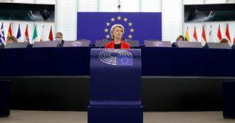 """Polonia, scontro al Parlamento Ue. Von der Leyen: """"Recovery bloccato a chi viola lo stato di diritto"""". Varsavia: """"Stati sovrani sui Trattati"""", ma apre alle richieste di Bruxelles sull'indipendenza dei giudici"""
