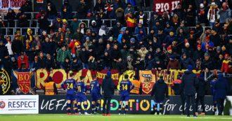 """Roma, tifosi furiosi dopo la sconfitta per 6 a 1 con il Bodo-Glimt: """"Tornate a piedi"""""""